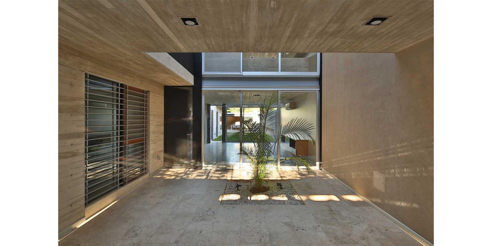 ProyectoC_Arquitectos_Portfolio_03_CasaBeiro