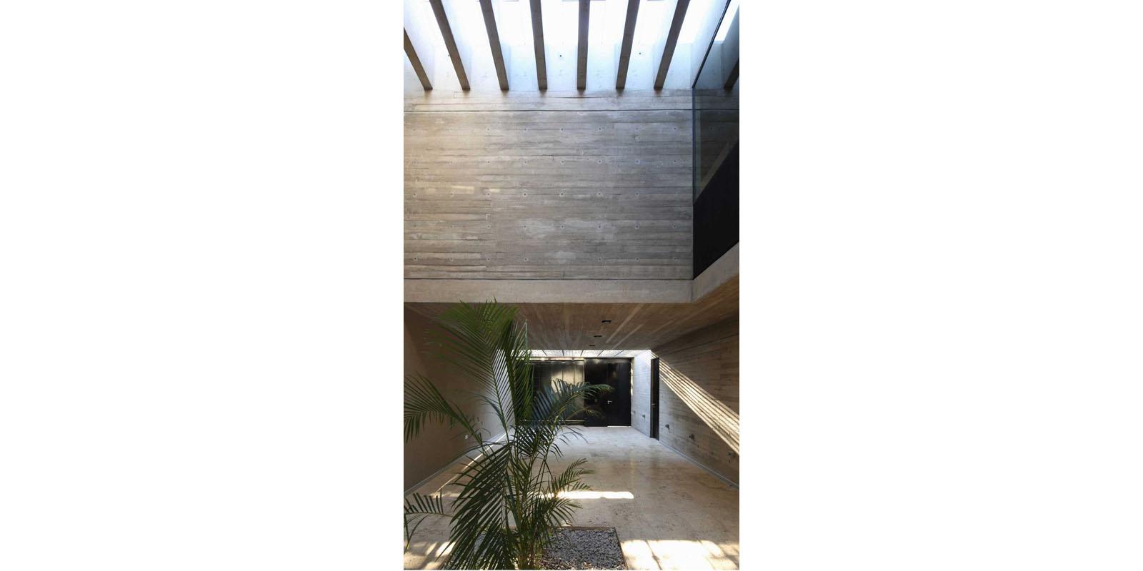 ProyectoC_Arquitectos_Portfolio_04_CasaBeiro